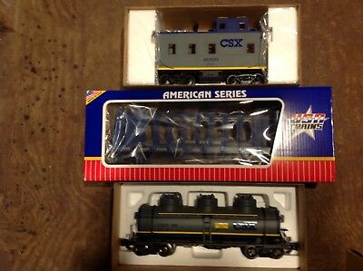 Aristo Craft And USA trains CSX Freight Cars And Caboose