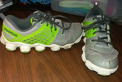 0a28024653ec REEBOK ATV19 MENS SIZE 5 RUNNING SHOES Gray White Green Worn -  4.99 ...