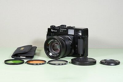 Fuji GW670II 6x7 Professional Film Camera with FUJINON 90mm F/3.5