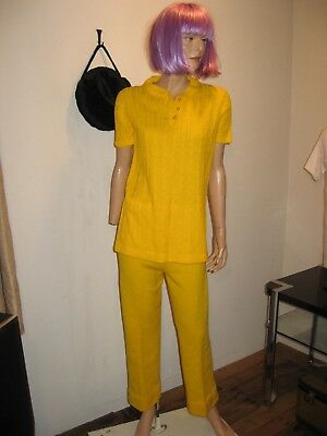 Vintage 1970s BRILLIANT YELLOW Top & Pants Sweater Cable Knit MOD Street Wear M