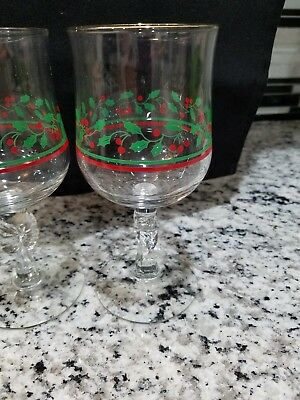 Vintage Christmas Holly Wine Goblets Glasses Libbey Arby's Set of 4 Gold Rim