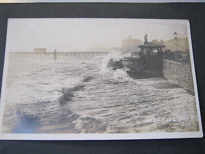Postcard  Real Photo  High Tide Jany 1905 (Lowestoft?)  Unposted