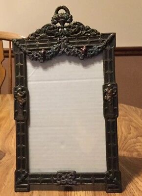 ANTIQUE EARLY 1900s CAST IRON PICTURE FRAME ORNATE