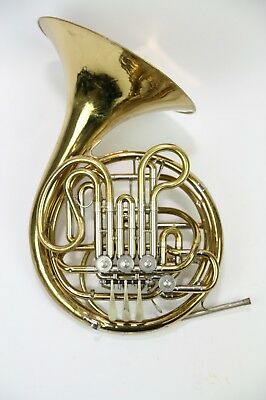 Double Horn Holton H177 in good condition/ serviced and cleaned
