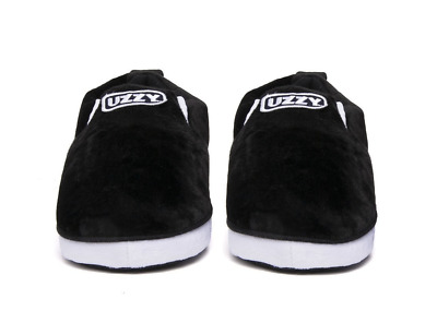 d6791db3c34e0 YEEZY UZZY UNISEX SoCal Sneaker Slippers Black White -  14.99