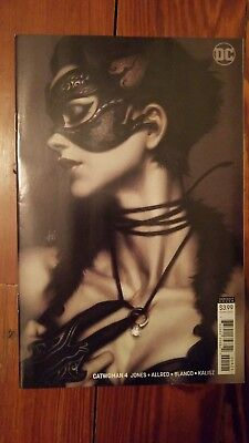 Catwoman #4 Limited Stanley Lau Artgerm Variant CVR B DC Comics NEW HOT UNREAD!!