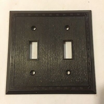 Vtg Art Deco Brown Bakelite USA Ribbed Dashed Double Switch Plate Cover