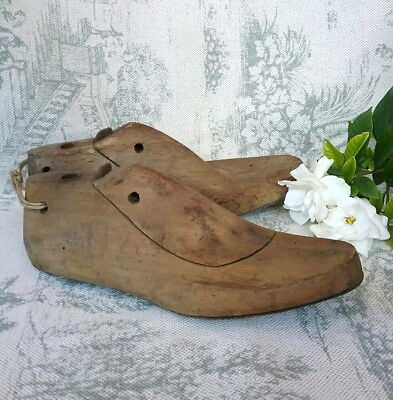 Pair~Genuine~Antique~Vintage~Industrial~French~Country~Wooden~Cobbler~Shoe~Lasts