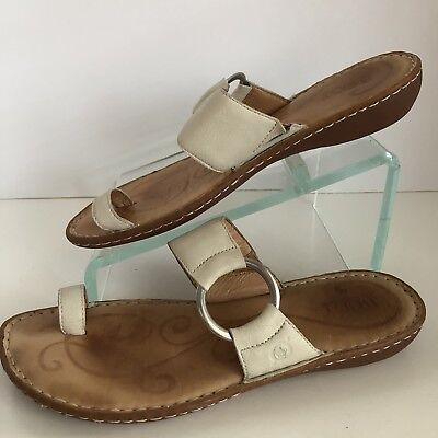 ca6b02f43d89 Born SIZE 10 Captiva Hand Craft Bone Leather Silver Ring Toe Loop Sandals