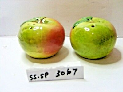 dardyshire apples   salt and pepper shakers
