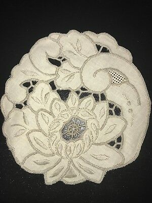 "Vintage Lot Set of 6 French Lace And Linen Napkins Floral Motif 5 1/2"" Square"