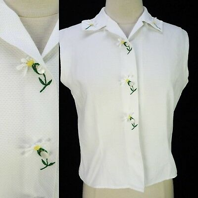 Vintage 50s White Waffle Knit Daisy Blouse M Pinup Embroidered Flower Buttons