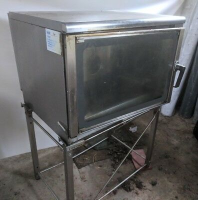 Unox XV401 Commercial Convection bake off oven complete with stand