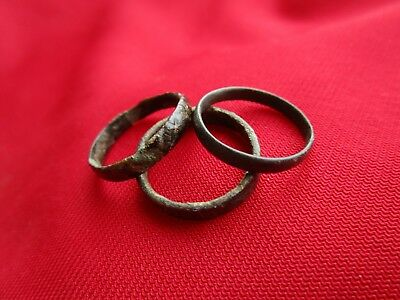 Ancient Roman wedding ring's Lot with 3 pieces . bronze . No.7