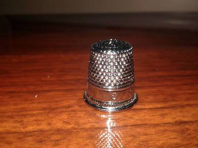 (1) Sewing Thimble Vintage Chrome Plated Brass Size 8 Peacock Brand Cat No. 711