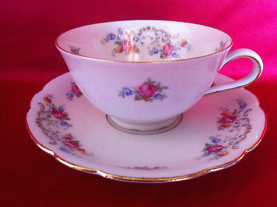 Vintage tea cup set - Seltmann Weiden Bavaria: tea cup and saucer