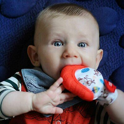 Nuby Soothing Teething Mitten with Hygienic Travel Bag, Red NEW - FREE SHIPPING!