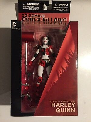 "DC Collectibles SUPER-VILLAINS HARLEY QUINN ROLLER DERBY ACTION FIGURE 6.75"" NM!"