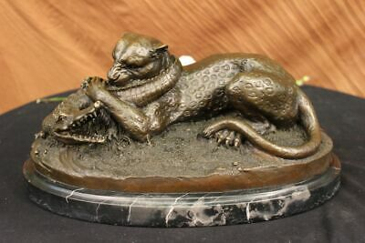 Bronze Sculpture Hand Made Hot Cast Detailed Lion Vs Reptile Marble Figure Gift