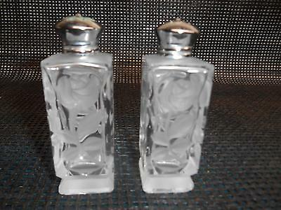 Old Vtg Etched Glass Roses SALT & PEPPER SHAKERS S&P Tableware Decorative