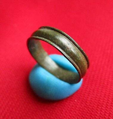Beautiful shape and quality Ancient Roman bronze wedding ring / band