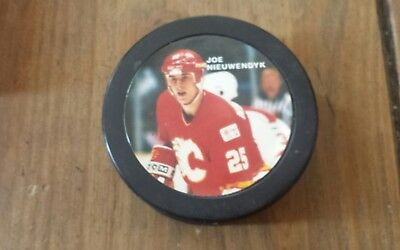 NHL Puck calgary flames #25 Joe Nieuwendyk commemorative puck rare