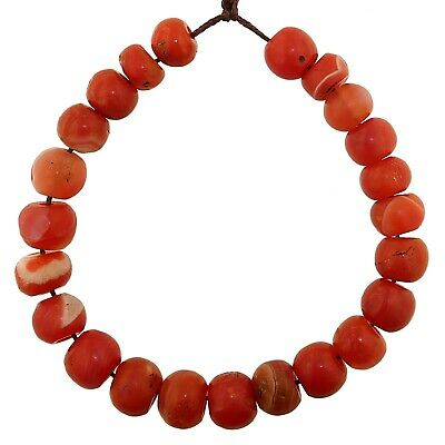 (2362) Bracelet of Pema Raka Nan Hong Beads   楠香串珠