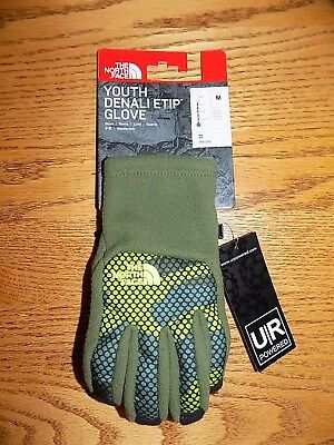 NWT THE NORTH FACE Youth Denali ETIP GLove Green Camo Size MEDIUM  Free Shipping