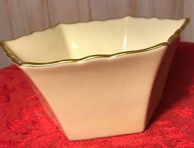 Lenox Giftware-Hexagon/Six-Sided Ivory Candy/Nut Bowl/Dish w/Gold Trim-USA