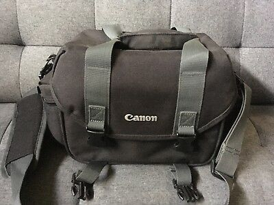 Canon 2400 Slr Gadget Bag For Eos Cameras Lightly Used