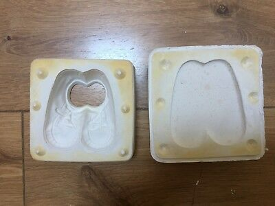CERAMIC OR PORCELAIN SLIP CASTING MOULD OF A PAIR OF 3.5 inch BABY SHOES.