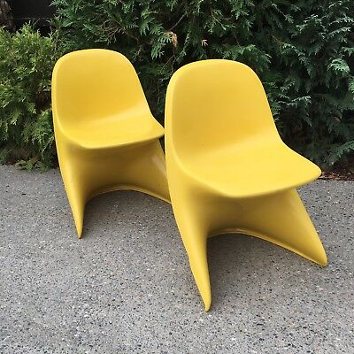 Pair Casalino Modern Yellow Childs Plastic Z-Chairs by Alexander BEGGE 1970-2000