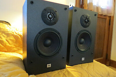 Jbl G200 Bookshelf Speakers Excellent Condition Plays And Sounds Great