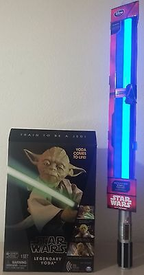 Star Wars Lot Legendary Jedi Master Yoda and Rey's Light Saber