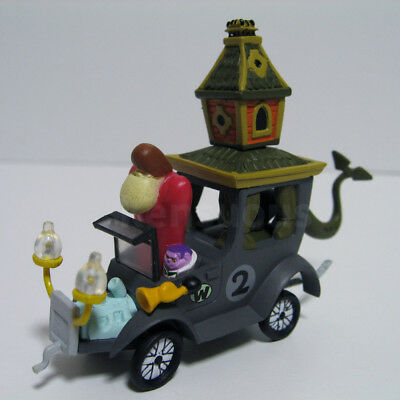 KONAMI Wacky Races the Creepy Coupe 2 scale model The Gruesome Twosome figure
