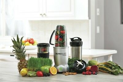 NutriBullet 12 Pieces Set Nutrient Blender almost new used 4 times