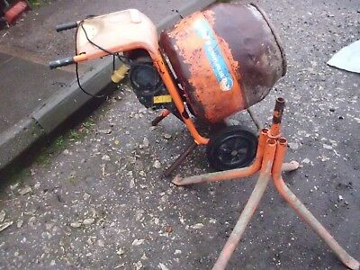 Belle 110v mixer with stand