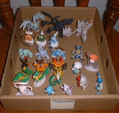 23 diff pieces Individual vinyl POKEMON FIGURES DISPLAYset sealed bags TOMY lot