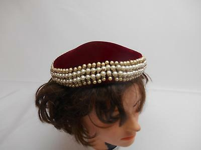 Old Vtg MAROON VELVET WOMEN'S HAT CAP Beret w/ Faux pearls Fashion Accessories