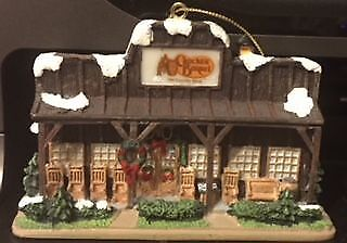 Cracker Barrel Old Country Store 2005 Christmas Ornament