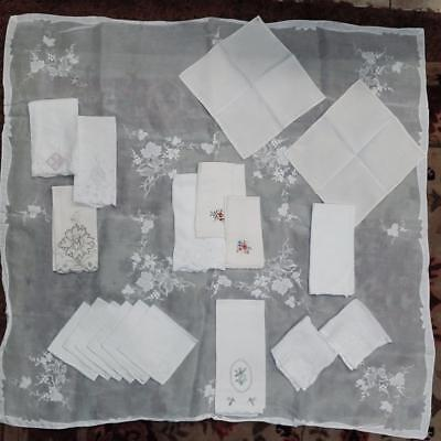 Antique Linen Lot 19 Item Tablecloth & 6 Matching Napkins 12 Select Embroidered