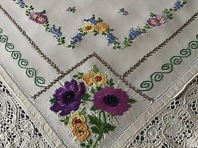Stunning Large Vintage Linen Hand Embroidered Tablecloth ~ Florals/lace