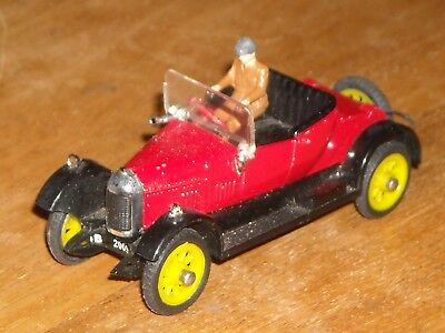 Vintage Tri-ang Spot-On red 266 Morris Bull Nose Cowley 1:42 scale driver hood