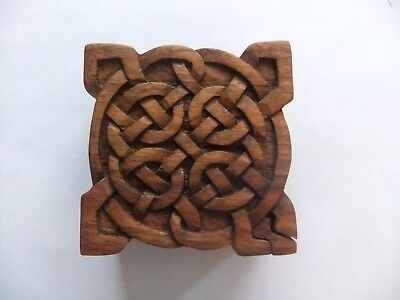 Hand Carved Wooden Trinket Jewellery Puzzle Box,Square Celtic