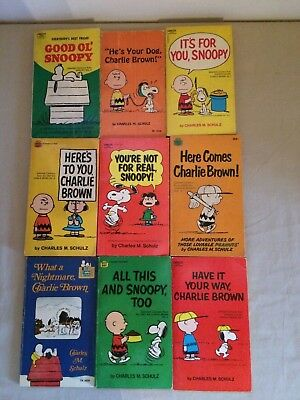 Lot of 10 Vintage Snoopy,Charlie Brown Paperback books Charles Schulz