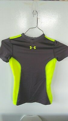 Under Armour Heatgear Short Sleeve Fitted Shirt Boys Medium NICE ! Free Ship !