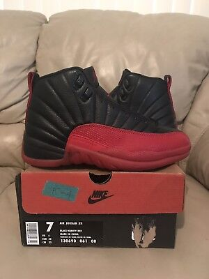 online store a5e1d 736e3 DS 1997 Nike Air Jordan 12 XII Size 7 Flu Game Black Red Bred OG Original
