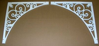 Lot Of 2 Decorative Wrough Iron Corner Facets  For Windows / Doors, White