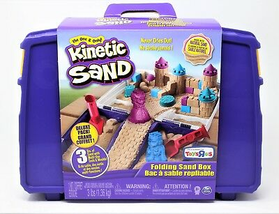 Kinetic Sand - Folding Sand Box with 3 lbs of Kinetic Sand Plus Toy Molds - New!