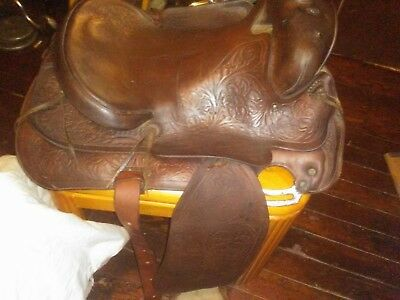 Antique Vintage Tooled Floral Leather Western Horse Tack Saddle w/ Breast Collar